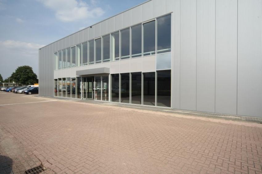 Uitbreiding showroom Lexus - Breda Bouw - Aannemersbedrijf ... Lexus Breda